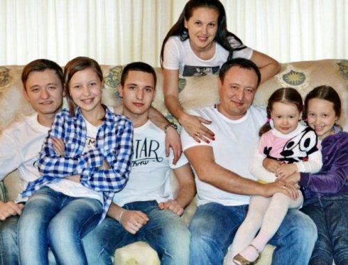 семья Константина Брыля