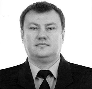 Дмитрий Сенин