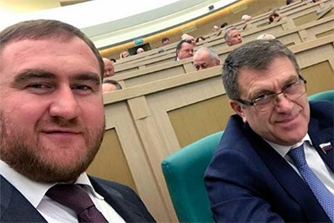 Рауф Арашуков и еще один сенатор от республики Ахмат Салпагаров