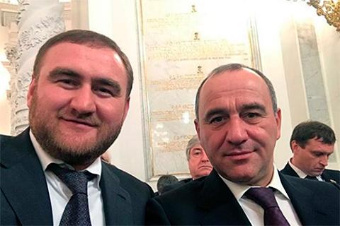 Сенатор Рауф Арашуков и глава Карачаево-Черкессии Рашид Темрезов