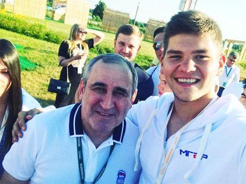 Сергей Неверов и Ренат Булатов