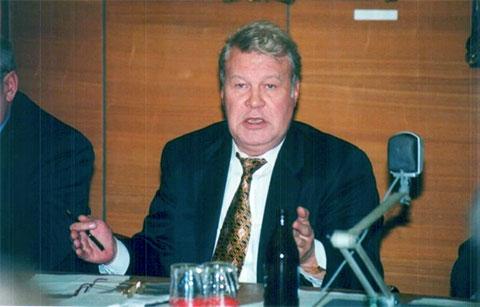Владимир Каданников