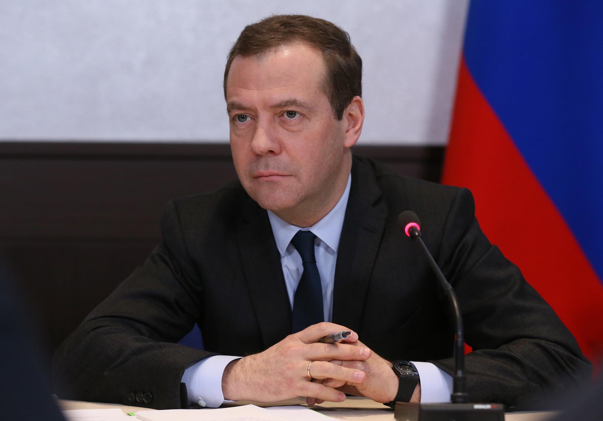 Дмитрий медведев попал в очко