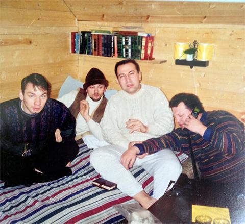 В белом свитере: вор в законе Сергей Комаров — Комар