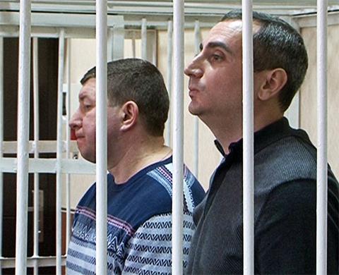 Андрей Андреев и Александр Солодкин-младший в зале суда